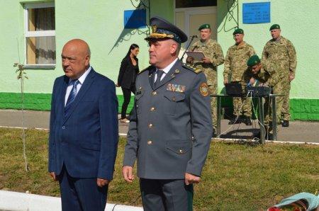 Мукачівському прикордонному загону вручено стрічку з почесним найменуванням «імені героїв Карпатської Січі» ( ФОТО)