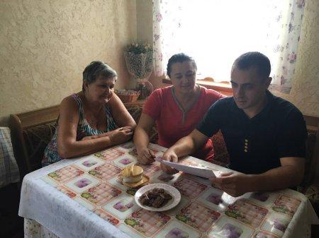 Свалявські рятувальники навчали мешканців с. Дусино, як уберегти оселю від пожеж