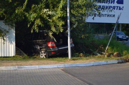 В Ужгороді автомобіль з дівчатами потрапив у ДТП