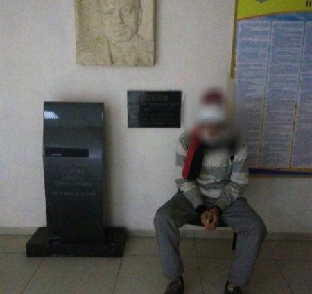 В обласному центрі на вокзалі затримали злодія, який перебував у розшуку
