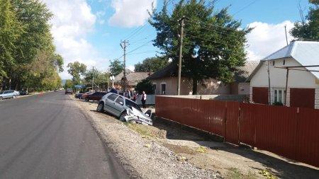 На відремонтованій трасі Виноградів - Вілок, сталася ДТП: є постраждалі (фото)