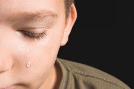 Кількох годин бив та ґвалтував: В Одесі неадекватний чоловік жорстоко поглумився над 8-річних хлопчиком