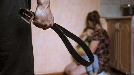 На Закарпатті запроваджуються нові європейські методи боротьби з домашнім насильством