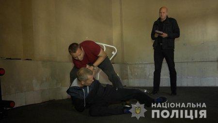 Особовий склад поліції Закарпаття здає заліки з фізичної, вогневої підготовки та тестує теоретичні знання (ФОТО,ВІДЕО)
