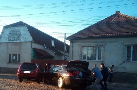 В Мукачеві ДТП: зіткнулися дві іномарки (фото)