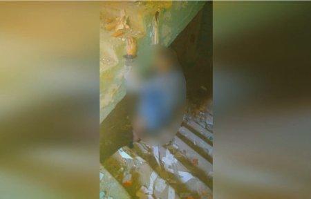 В Ужгороді знайшли труп чоловіка, в будівлі аптечнoгo складу