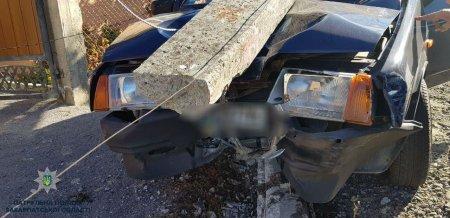П'яний шумахер: У Мукачеві водій, втікаючи із місця ДТП, скоїв ще одну аварію