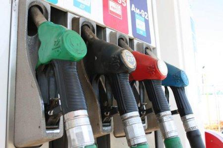 Через подорожчання бензину закарпатці переходять на дешевше пальне (відео)