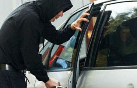 До уваги власників автівок: В Ужгороді грабують автомобілі