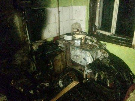 У Виноградові вогнеборці врятували сім'ю, які отруїлися чадним газом через пожежу (ФОТО)