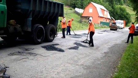 При ремонті дороги на Міжгірщині підприємець привласнив 330 тисяч гривень