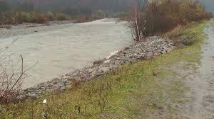 На Тячівщині розпочали укріплення берегів річки Теребля (відео)