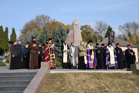 В обласному центрі освятили Меморіал загиблим воїнам АТО (ФОТО)