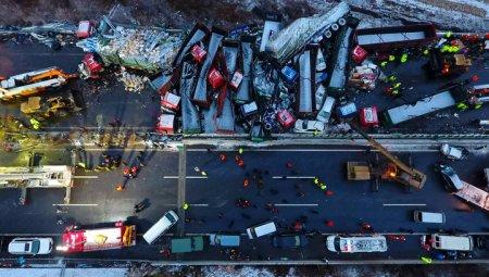 Живцем згоріли 18 осіб: Масштабне ДТП на трасі все охоплено вогнем, перші подробиці