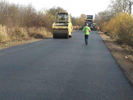 На Ужгородщині триває ремонт дороги «Підгорб – Дубрівка» (ФОТО)