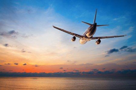 Літак з туристами екстрено сів в іншому місті через бійку пасажирів: в бійці замішаний закарпатець