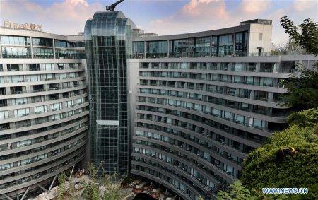 У Китаї відкрили перший в світі підземний готель (ФОТО)