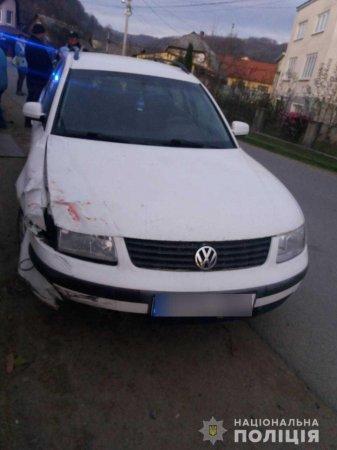 На Тячівщині зіткнулися два автомобілі. Одна особа травмована (ФОТО)