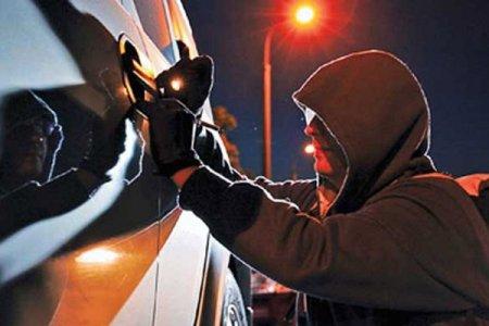 Поліція впіймала чоловіка який викрадав акумулятори та зливав пальне з автомобілів на Хустщині