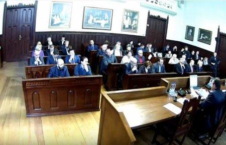 Міськрада Мукачева на сесії змінила бюджет і перейменувала вулицю (ВІДЕО)