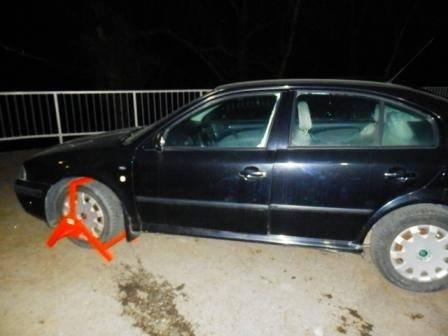 На Закарпатті прикордонники затримали викрадений у Польщі автомобіль (ФОТО)