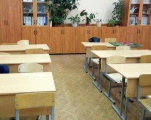 Довели: Учителька померла під час уроку