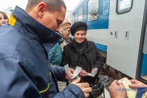 Першим прямим рейсом із Закарпаття до Будапешта поїхали 10 пасажирів (ФОТО)