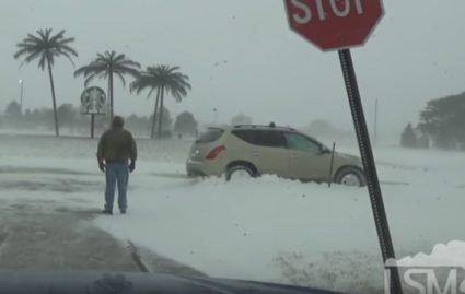 У США вирує сніговий шторм, 800 рейсів скасовано