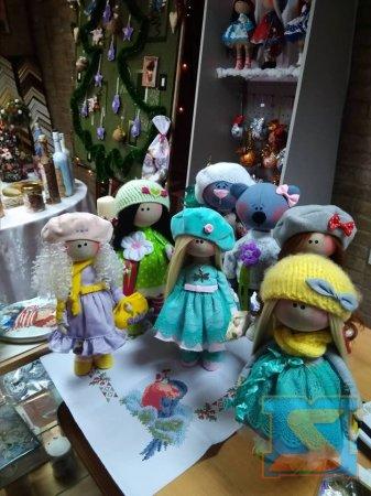 Передсвяткова виставка хенд-мейду стартувала в Мукачеві