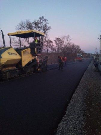 На Іршавщині продовжують ремонт обласної дороги «Берегово – Іршава» (ФОТО)
