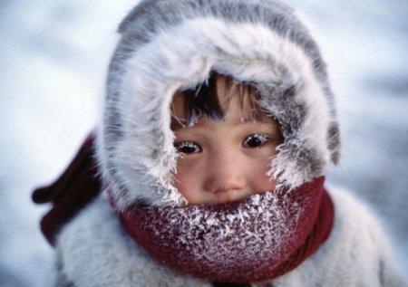 """""""У нього сльози замерзли на обличчі"""": Вихователька дитсадка """"забула"""" дитину на морозі"""
