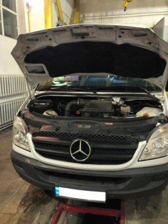 Митники вилучили автомобіль вартістю у понад чверть мільйона (ФОТО)