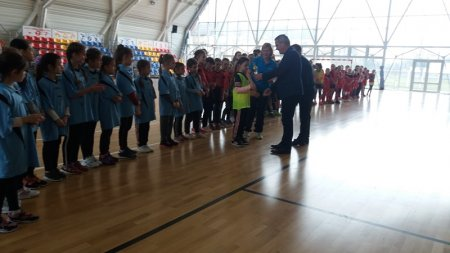 У Тячеві відбувся турнір з гандболу серед дівчат(фото)