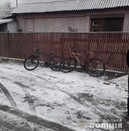 На Свалявщині викрали два велосипеди (ФОТО)