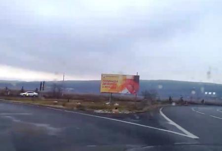 В Ужгороді вандали понищили плакати декількох політичних сил (фото)