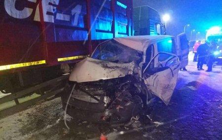 Моторошна ДТП на Львівській трасі: Маршрутка з пасажирами на швидкості зіткнулась з КрАЗом(ФОТО)