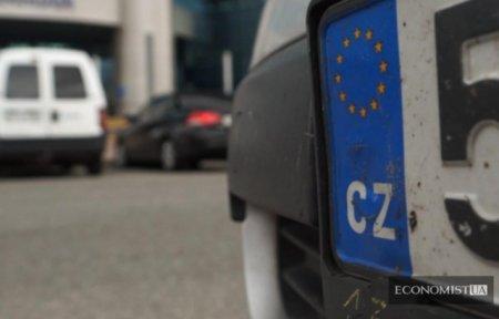На Закарпатті розмитнили за новими правилами близько тисячі автомобілів (ВІДЕО)