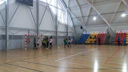 У Тячеві розіграли Новорічний кубок з жіночого футболу