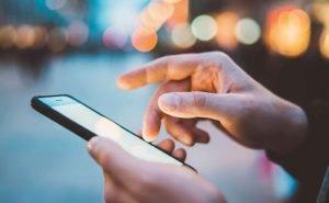Самоізоляцію українців перевірятимуть за допомогою мобільних операторів