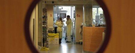 В Івано-Франківську в обласному пологовому будинку від пневмонії померла породілля – очікують результатів на COVID-19