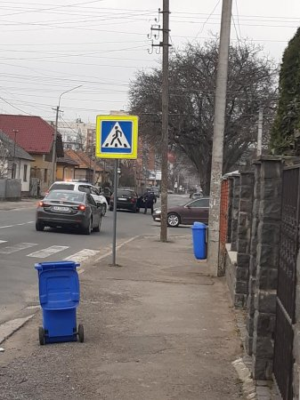 В Мукачеві сьогодні затримали злочинне угрупування (фото)