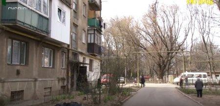 В місті Ужгород у ванній знайшли мертвими хлопця й дівчину (відео)