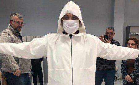 Виноградівська швейна фабрика розпочала пошиття захисних костюмів (фотофакт)
