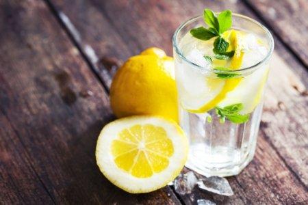 Закарпатські мінеральні води та лимон – рецепт від вірусу