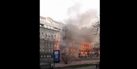У Києві горить Майдан Незалежності (відео)
