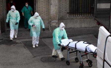 На Волині медики заразилися коронавірусом після розтину померлого