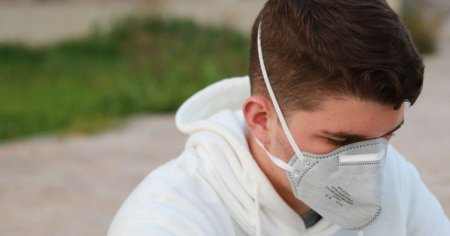 Названо нові приховані симптоми коронавірусу: вони проявляються ще до підвищення температури