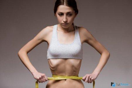Коли у стресовій ситуації дуже хочеться їсти: дієтолог розповіла, як не набрати зайві кілограми у час карантину