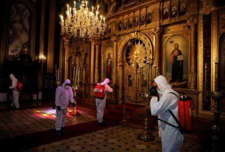 70 % закарпатців заразилися коронавірусом під час богослужінь у церквах