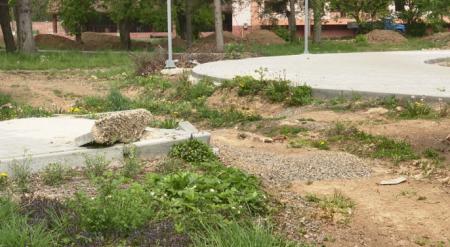 Ні грошей, ні парку: В Мукачеві роздерибанили бюджетні гроші (відео)